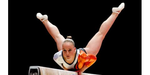 Who is the girl from Netherlands who got Gold on Beam?, Spencerport, New York