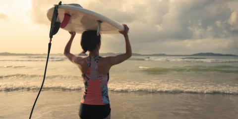 3 Reasons Everyone Should Wear a Rash Guard When Surfing, Santa Monica, California