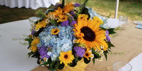 3 Unexpected Reasons to Surprise Someone With Fresh Flowers, Lakeville, Connecticut