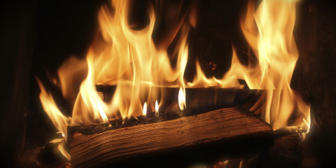 How Non Toxic Lighters Differ From Conventional Fire