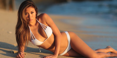 How To Take A Great Bikini Pic, Honolulu, Hawaii