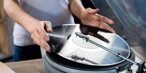 4 Ways You Can Preserve Vinyl Records in Self-Storage, Flower Mound, Texas