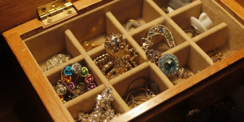 3 Great Reasons to Sell Gold Jewelry at A Happy Pawn, Honolulu, Hawaii