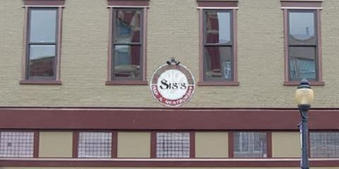 Come in From the Cold & Enjoy Live Music at Sis's on Monmouth, Newport, Kentucky
