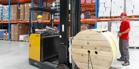 A Guide to the Benefits of Renting or Buying Forklifts, South Plainfield, New Jersey
