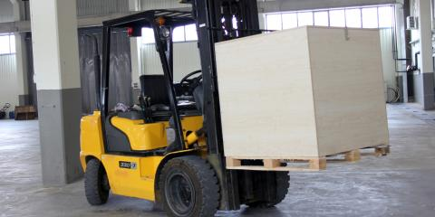 What Is the Difference Between a Pallet Jack & a Forklift?, South Plainfield, New Jersey