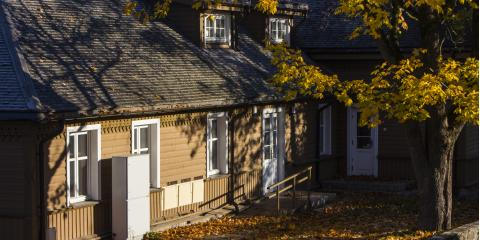 3 Fall Roof Maintenance Tips for Your Home, South St. Paul, Minnesota