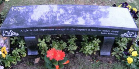 Why You Should Get Grave Markers Professionally Cleaned, Kingston, Massachusetts