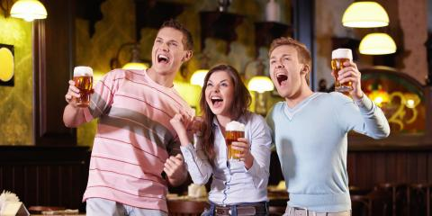 Trying to Watch the Game? 3 Reasons to Visit a Sports Bar, Hempstead, New York