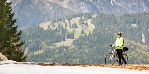 Stay Warm This Winter With REI's New Cold Weather Cycling Equipment, Manhattan, New York