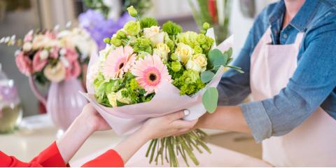 5 easy ways to make your fresh flowers last longer stein s flowers gifts inc lewisburg - Ways to make your flowers last longer ...