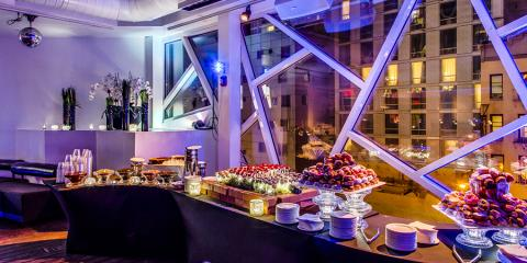 Book Your Summer Corporate Event at the Beautiful Rooftop Bar, Manhattan, New York