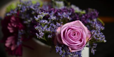 Sympathy Gift Etiquette Guide: 3 Ways to Offer Your Support, Cincinnati, Ohio