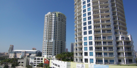 3 Benefits of Living in a High Rise Condo, Tampa, Florida