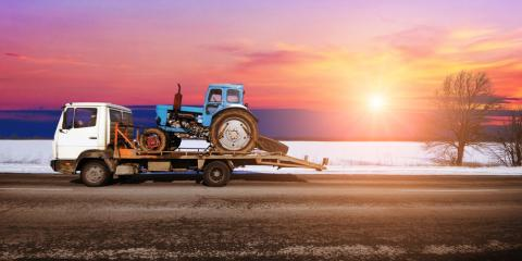 What Are the Differences Between Flatbed & Rollback Tow Trucks?, Washington, Missouri