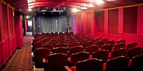 UCB East Offers The Best Improv, Stand-Up, & Training in NYC, Manhattan, New York