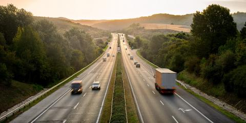 4 Common Causes of Commercial Truck Accidents, Richmond Hill, Georgia