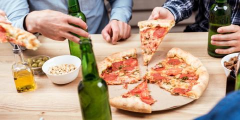 The Perfect Pizza & Beer Pairings for Watching Football, Koolaupoko, Hawaii
