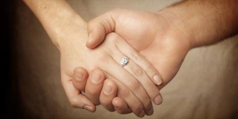 Your Wedding Invitations: Top 5 Personalization Tips, Wailuku, Hawaii