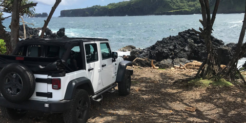 5 Items to Bring With You on a Jeep® Tour, Wailuku, Hawaii