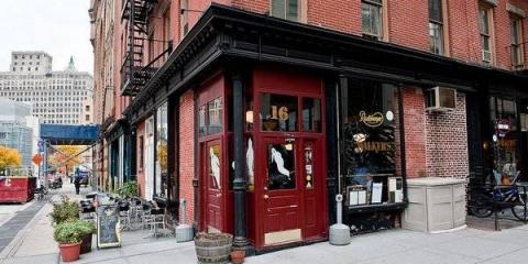 Vintage Bar & Restaurant Serves Classic American Dining, Manhattan, New York