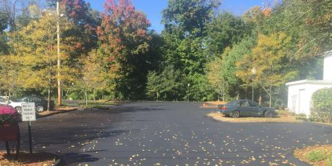 5 Signs a Parking Lot Should Be Repaved By an Asphalt Contractor, Wallingford Center, Connecticut