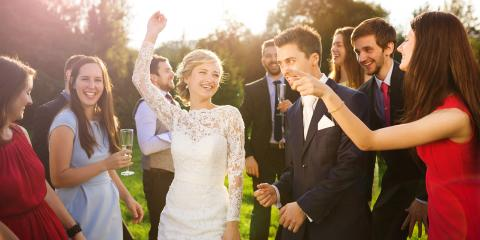3 Fun & Festive Games to Play at Your Wedding, Reading, Ohio