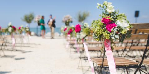 Summer Wedding Flower Choices That Will Stand Up to The Heat, Chicago, Illinois