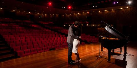 A Wedding Photographer Shares Tips for Taking Perfect Engagement Photos, Queens, New York
