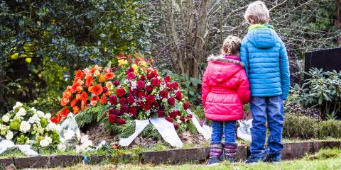 3 Ways to Prepare Your Children for a Funeral, West Haven, Connecticut