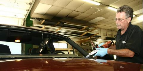 3 Common Causes of Windshield Cracks, Rochester, New York