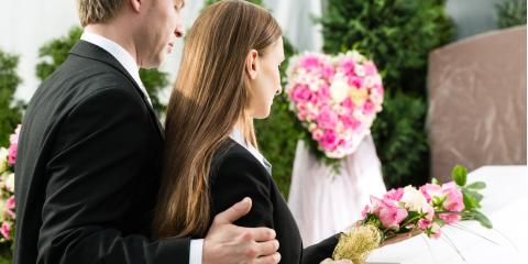 What Are the Differences Between a Funeral & Memorial Service?, Onalaska, Wisconsin
