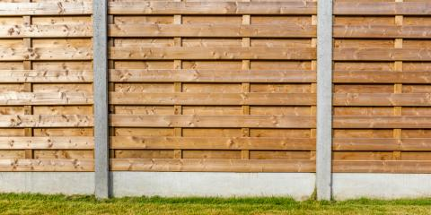 3 Tips for Hiring a Qualified Iron, Vinyl, or Wood Fence Installer, Knoxville, Illinois