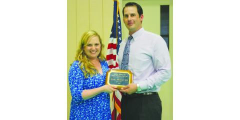 CMHS Physician Dr. Wuenschel Wins Award, Gatesville, Texas