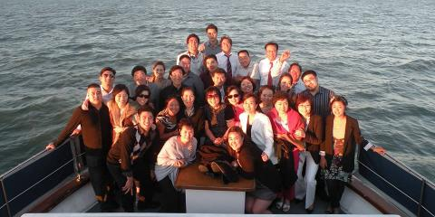 Benefits of Hosting Special Events on a Yacht Charter Boat, Berkeley, California