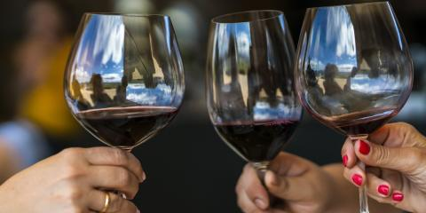 A Guide to Pairing Wine With Food, York, Nebraska